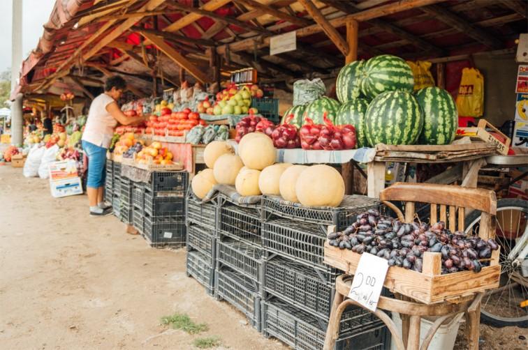 Gemüsemarkt am Straßenrand | Roadtrip durch Bulgarien, Stilnomaden