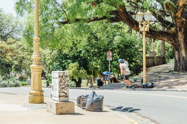 Longboarding am Plaza Mitre | Buenos Aires light – Der perfekte Spaziergang zum Einstieg, Stilnomaden