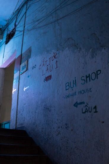 Saigon_Spots_old-apartment-cafes