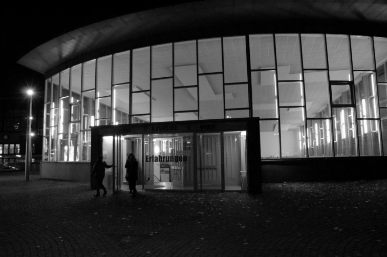 Traenenpalast | Eine Zeitreise durch Berlin, Stilnomaden