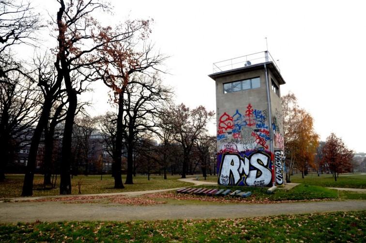 Wachturm am Schlesischen Busch | Eine Zeitreise durch Berlin, Stilnomaden
