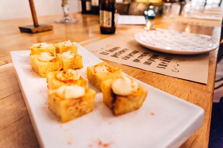Brass 27 – Café, Restaurant und Bar   25h in Bilbao, Stilnomaden