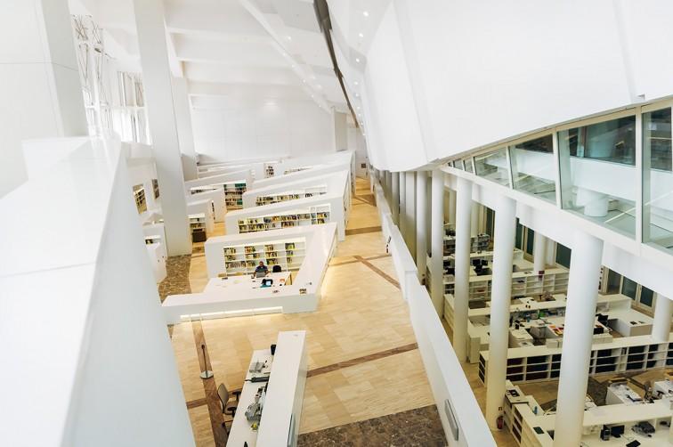 Biblioteca de Galicia | 25h in Santiago de Compostela, Stilnomaden