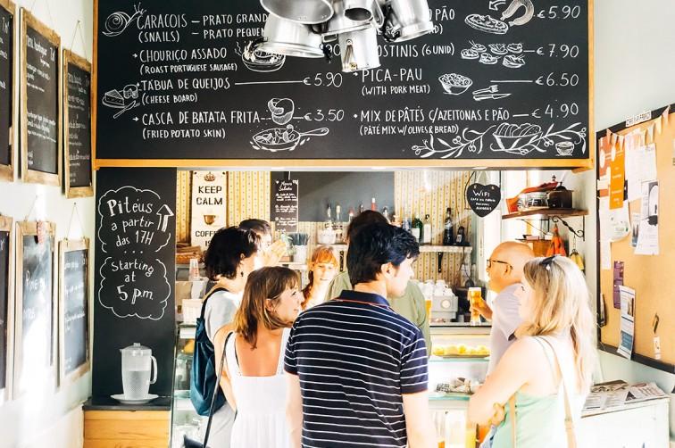 Café da Fábrica in der LX Factory | 25h in Lissabon, Stilnomaden