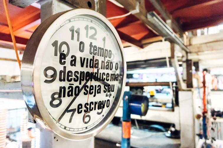 Die Installationen von Pietro Proserpio in der Livraria Ler Devagar | 25h in Lissabon, Stilnomaden