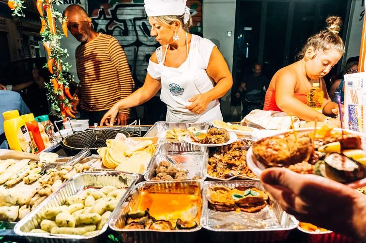 Street Food auf dem Mercato Vucciria | 25h in Palermo, Stilnomaden